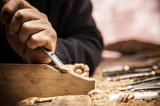 Möbelaufwertung Holzarbeiten Möbelkammer